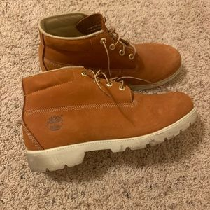 Timberland tan leather winter boots 11.5